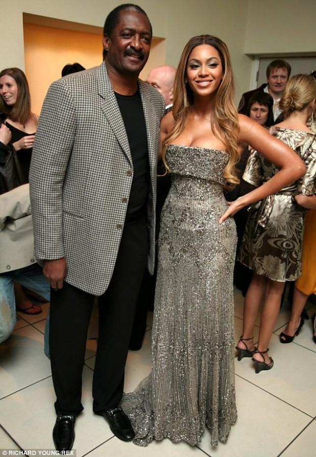 Beyoncé with her father Matthew Knowles