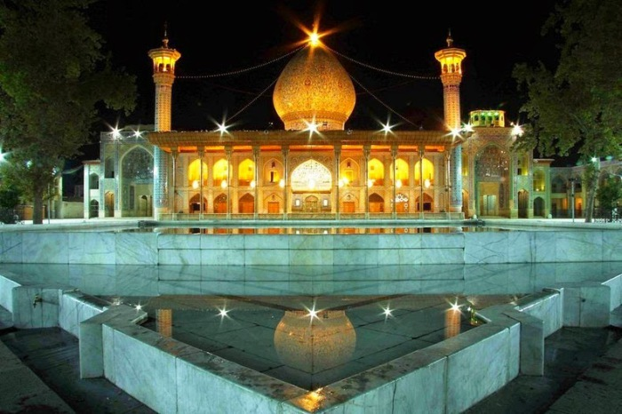 Shah Cheragh, a beautiful mirror mosque in Iran