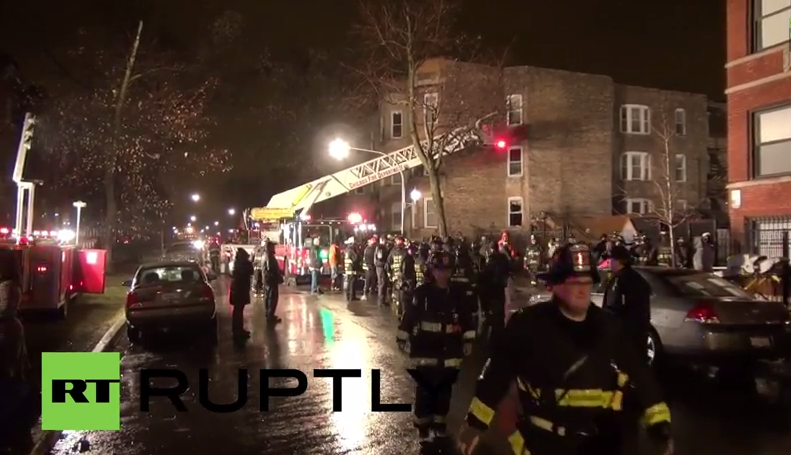 Apartment building collapsed due to explosion in Chicago, there are victims