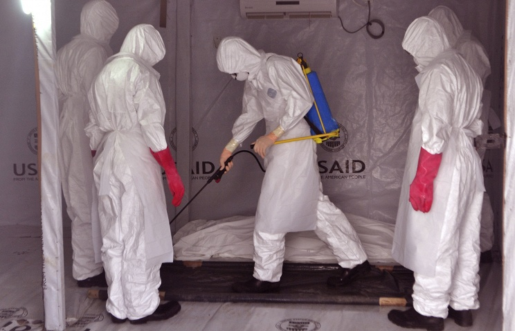 Ebola: 100 centers of disease spread left in West Africa