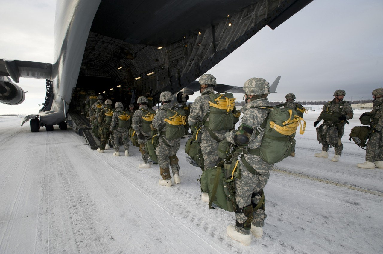 U.S. will hit Russia with double blow if it squeezes America out of the Arctic