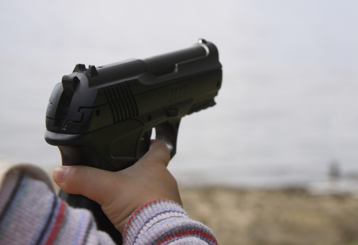 2-year kid shoots dead his mother in U.S.