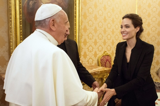 Angelina Jolie presents her movie in Vatican and meets Pope