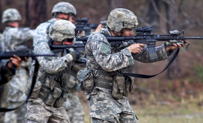 Pentagon to send special forces to Ukraine