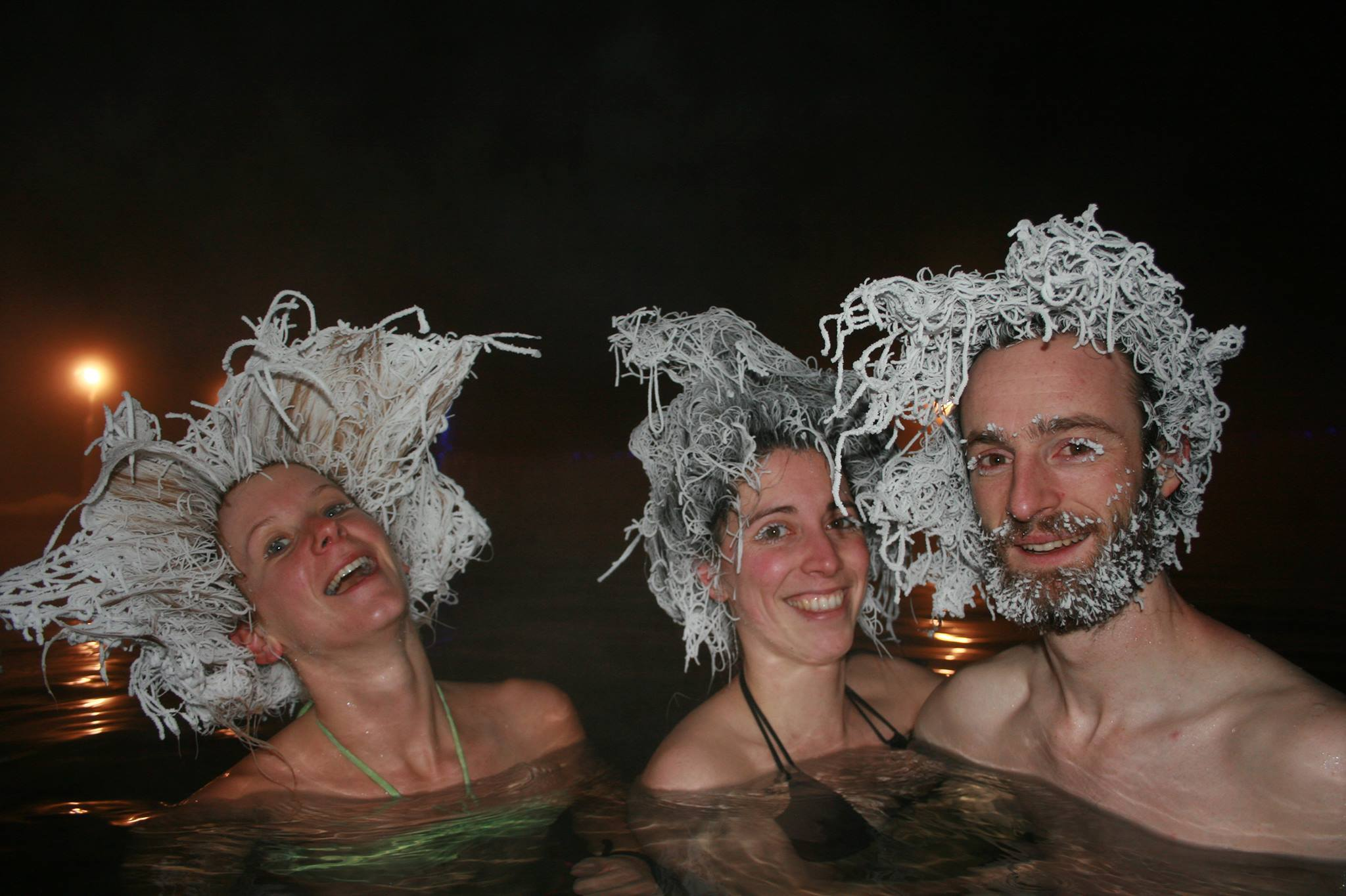 Canadians compete in hair freezing championship