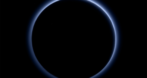 NASA: Pluto has blue skies and water ice on its surface