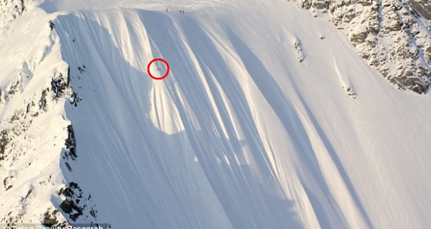 Incredible video shows skier's terrifying fall down mountainside in Alaska