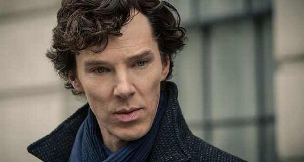 Benedict Cumberbatch received CBE from the Queen