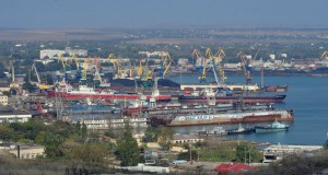 Kerch sea port to dismiss 710 employees because of anti-Russia sanctions