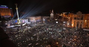 "Oscar-nominated ""Winter on Fire"" shows Ukraine's struggle for freedom"