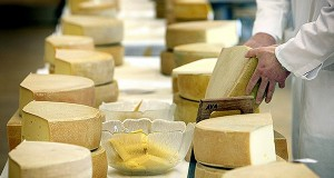Russian cheese lovers find way round import ban