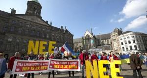 Dutch vote in referendum on Ukraine-EU association agreement