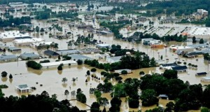 'Historic' Louisiana flooding: Three dead and thousands rescued