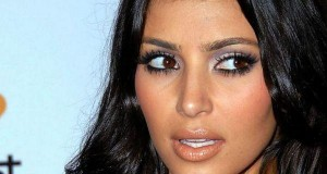 Kim Kardashian West held at gunpoint in $10M robbery in Paris