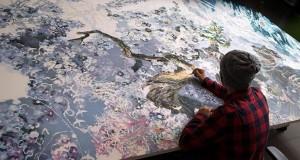 Japanese artist makes biggest ink & pen drawing ever