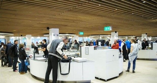 Schiphol airport testing new security scanner