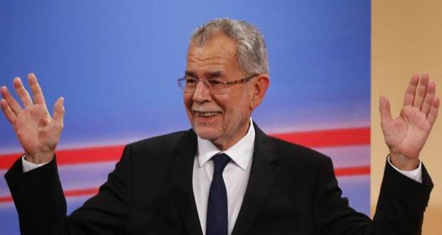 Pro-European candidate Van der Bellen wins presidential election in Austria