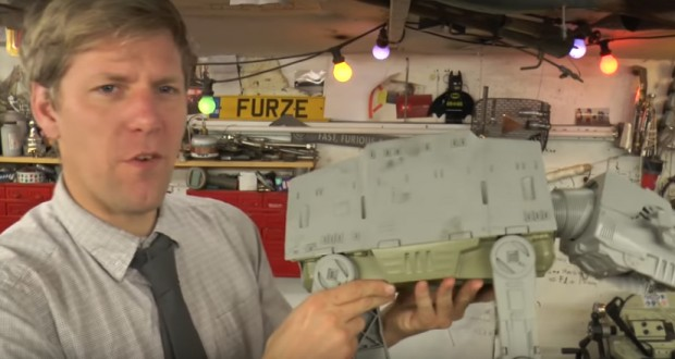 Inventor builds full size AT-AT Walker in his back yard