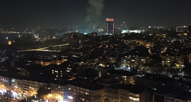 Horrible moment of explosion in Istanbul caught on video