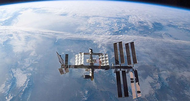 Russian cargo spaceship en-route to ISS lost contact and burnt over remote territory