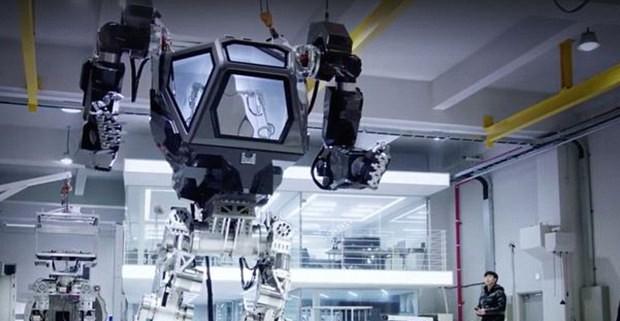 South Korea company develops 13-foot high walking robot