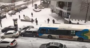 Slow-motion accident on icy road in Montreal - video