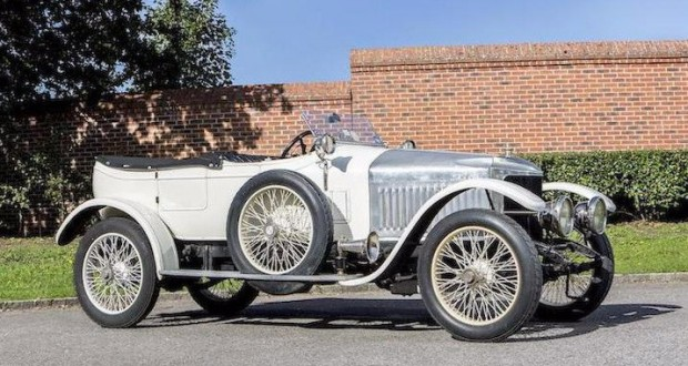 World's first sports car sold for $650,000