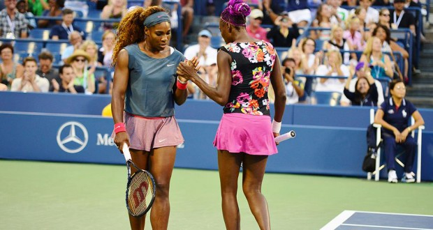 Australian Open: All-Williams final as Serena faces sister Venus