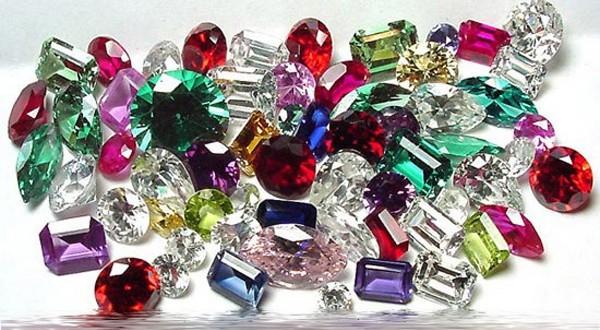 Pakistan needs investors to boost gemstone industry