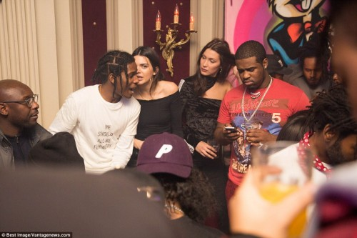 3C7E4EA000000578-4156526-All_together_now_Completing_the_party_crew_was_rapper_A_AP_Ferg_-a-2_1485365199911