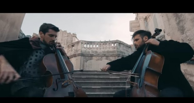 Watch cello duo perform Game of Thrones theme at King's Landing