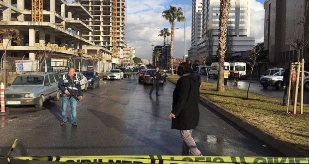 Turkey: Two people killed in car bomb attack in Izmir