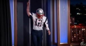 """Watch Matt Damon Sneaking Onto Jimmy Kimmel Live! as """"Tom Brady"""""""