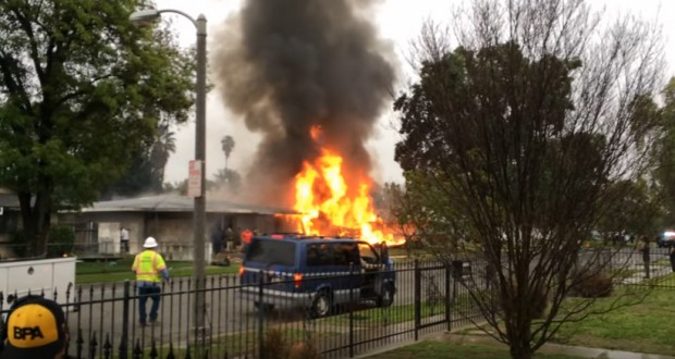 3 killed, 2 injured after small plane crashes into California home