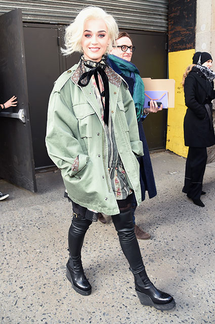 Katy Perry Spotted With Blond Bob at Marc Jacobs Fashion Show Photo: Getty Images