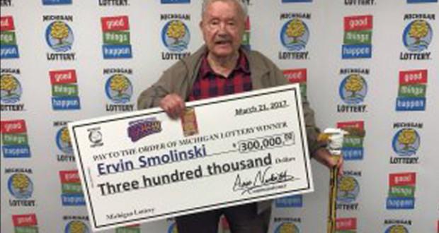 World War ll Veteran Gets $300,000 Winning Lottery Ticket For His 94th Birthday