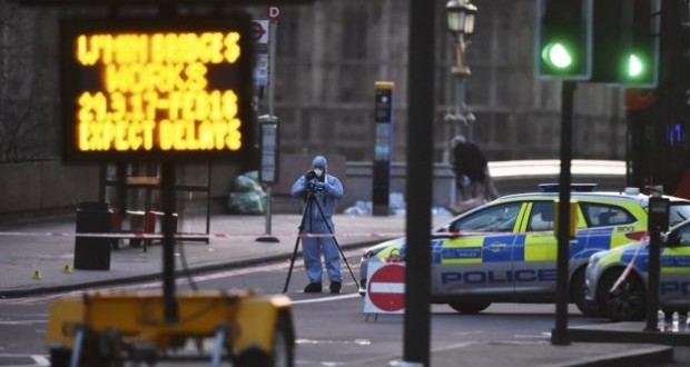 London attack: 4 people killed, 20 injured in Westminster