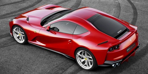Ferrari-812-Superfast_002