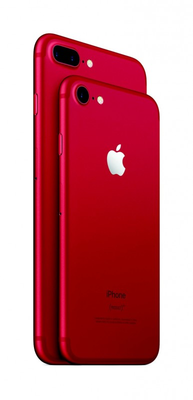 iPhone_7_and_iPhone_7_Plus_Product_Red_34_Back_Lockup_PR_PRINT