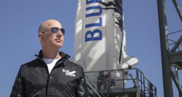 Bezos and Blue Origin Reportedly Pitch 'Amazon-like' Delivery for the Moon