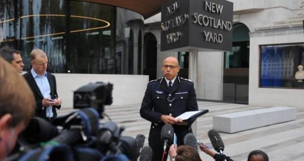 British police foil 'active terror plot'
