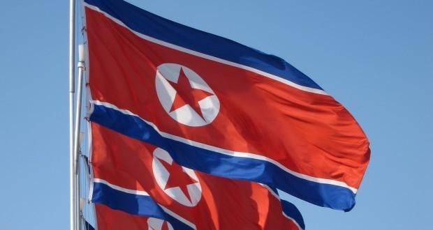 North Korea 'detains American citizen'