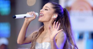 Ariana Grande cancels her tour after Manchester bombing