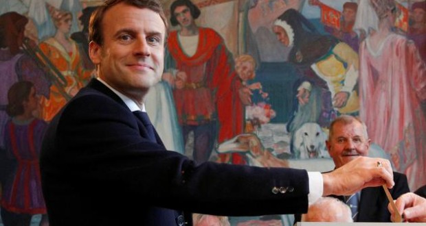 French presidential election: Macron favorite in opinion polls as