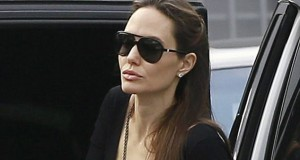 Angelina Jolie bonds with estranged father Jon Voight for family dinner with the children