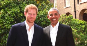 Barack Obama catches up with Prince Harry at Kensington Palace