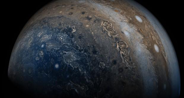 Juno captures stunning close-up of Jupiter's clouds