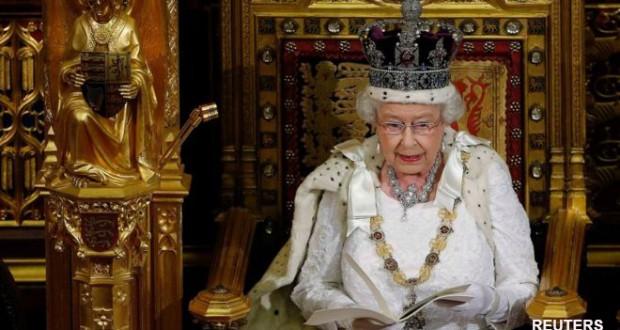 Queen's Speech delayed as parties continue talks