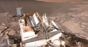 Mars Robot Curiosity Making Decisions on Its Own