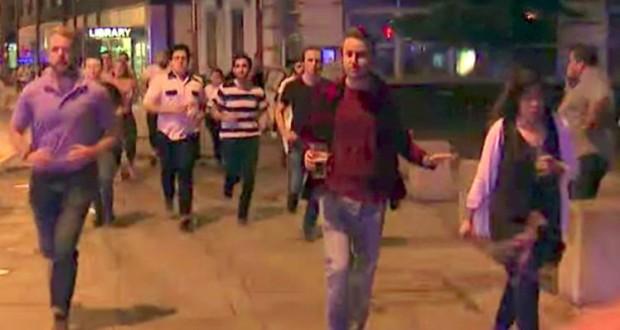 Man drinking pint while fleeing terror becomes symbol of London spirit